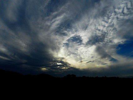2015-08・24 台風の前触れか・・・ (1).JPG