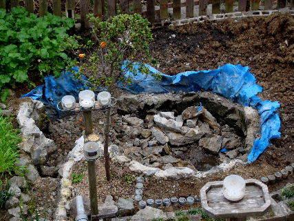 2015-11・23 池の改修作業を・・・.JPG