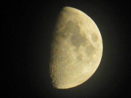 2017-07・01 文月の夜空に輝く月.JPG