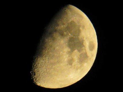 2017-08・01 葉月の空に輝く月.JPG